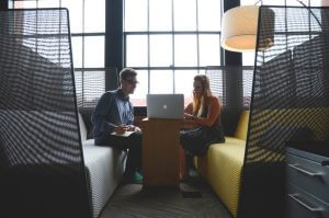 How to Set Up a Mentoring Program in the Workplace